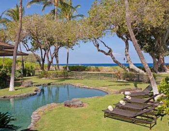 Pool with oceanviews