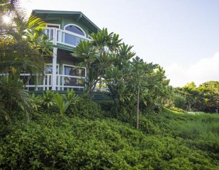 huelo point lookout rental maui
