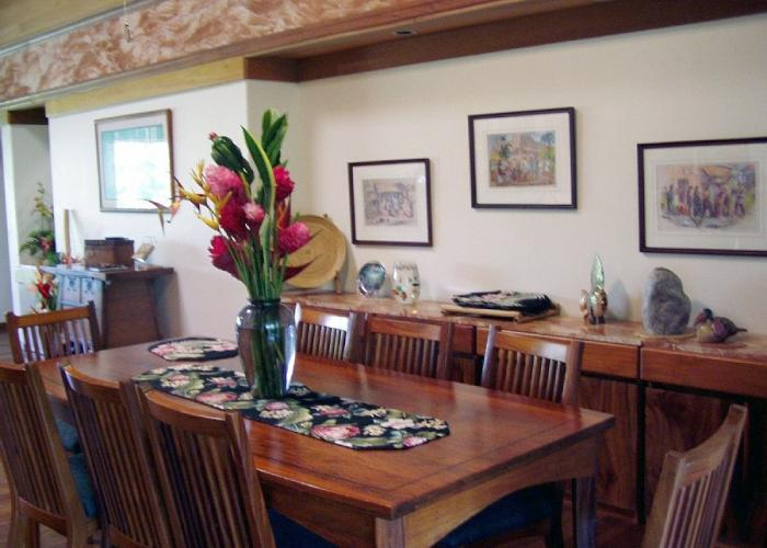 Dining room with koa wood table