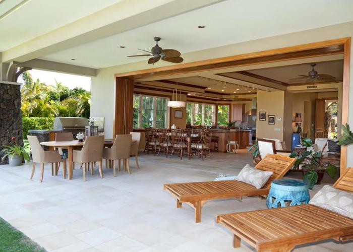 Lanai and BBQ area