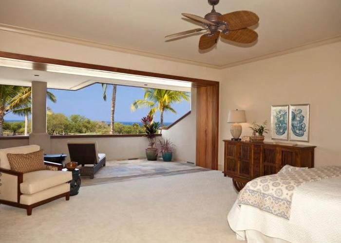 Master bedroom with lanai ocean view