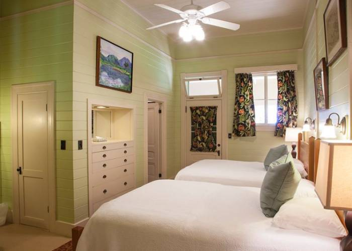 One of Two Identical Middle Guest Rooms