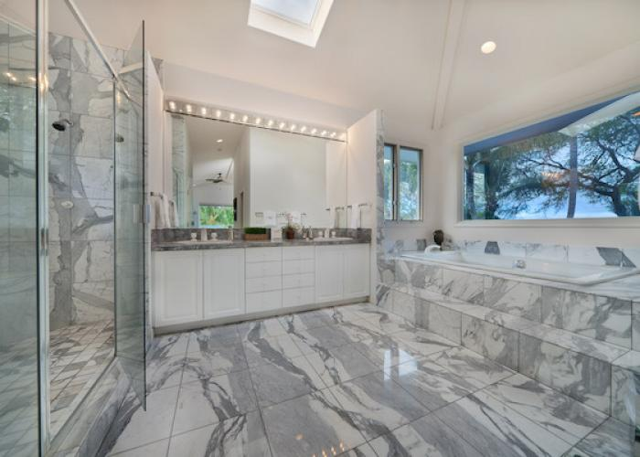 Marble bathroom with tub