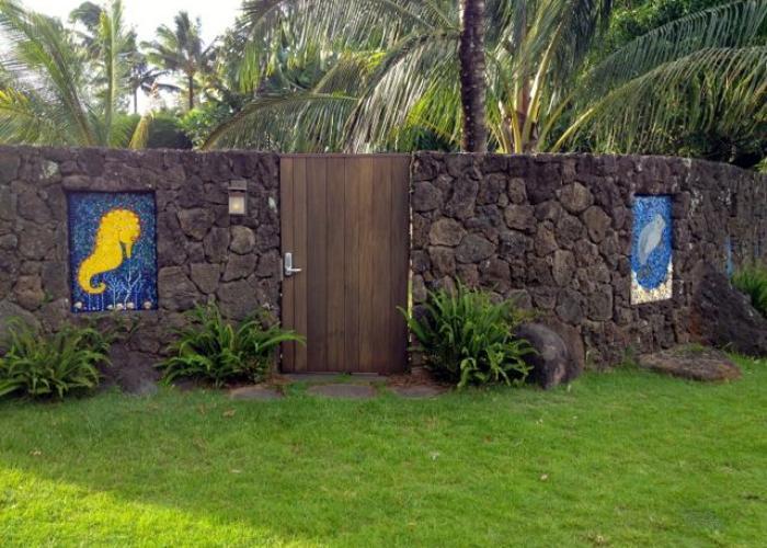 Walkthrough entrance gate