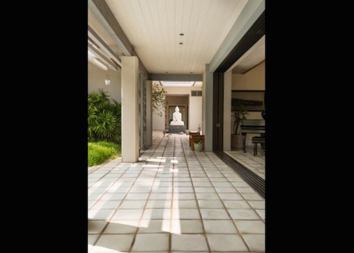 Exterior tile walkway