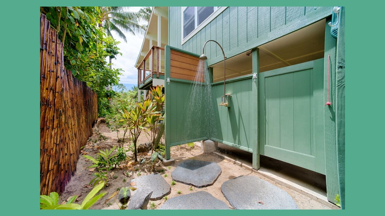Hale Hoku Outdoor Shower