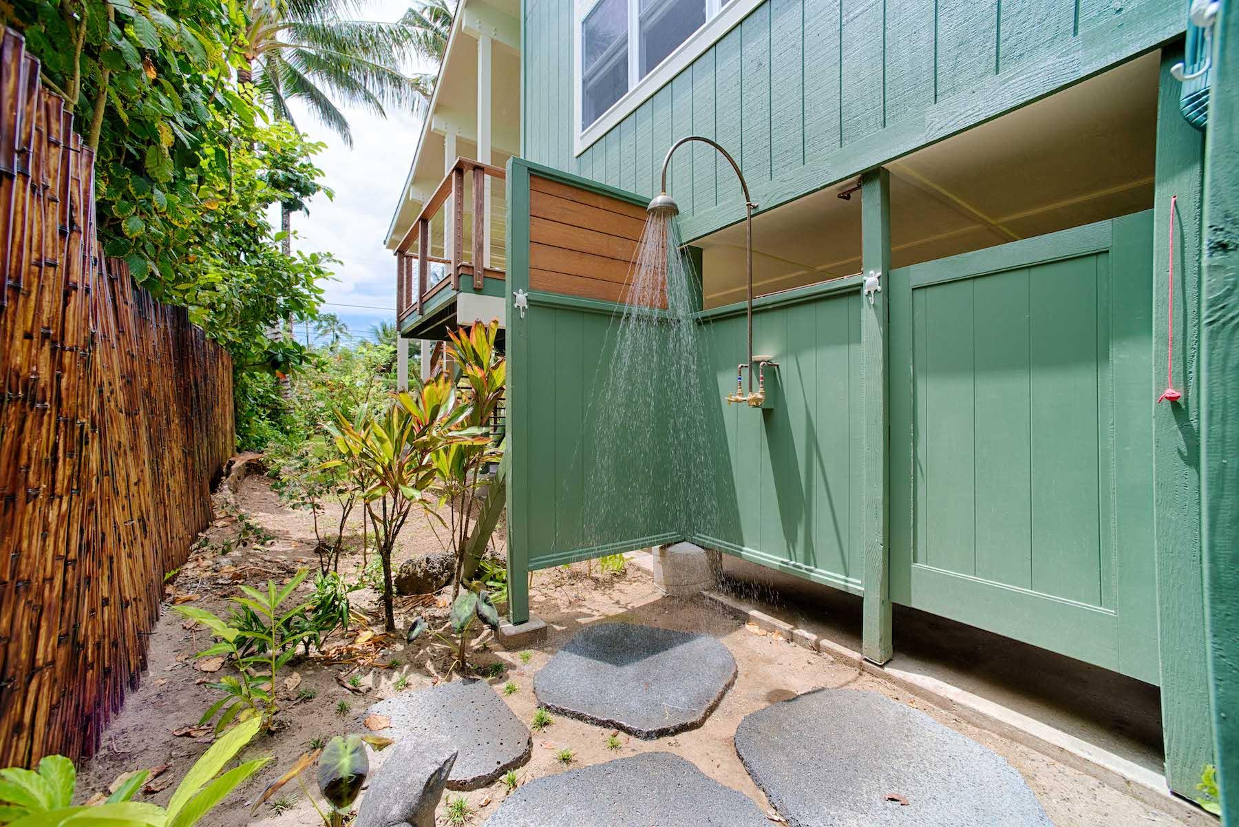 Hale Hoku Outdoor Shower