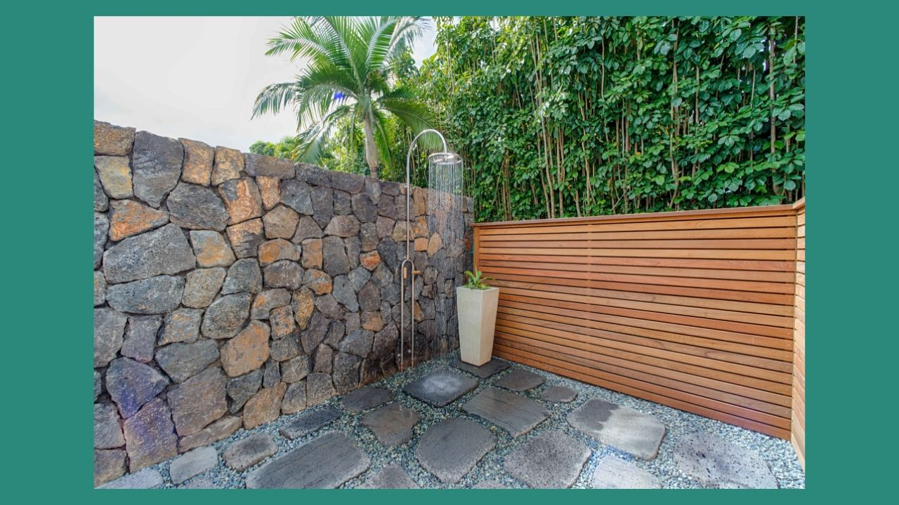 Hanalei Bay View Outdoor Shower