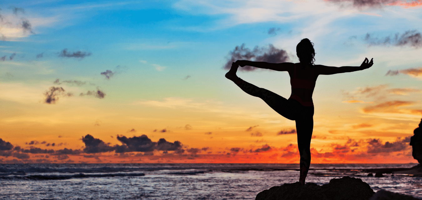 hawaii yogi at sunset