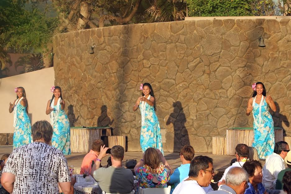 hawaiian hula performance