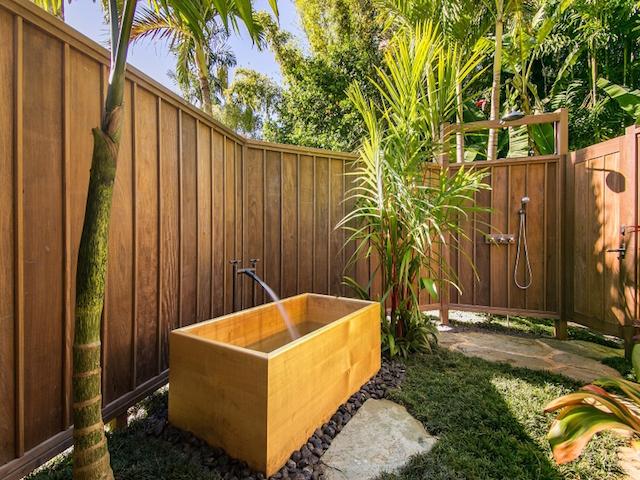 Outdoor bathtub and shower at Lani Kai