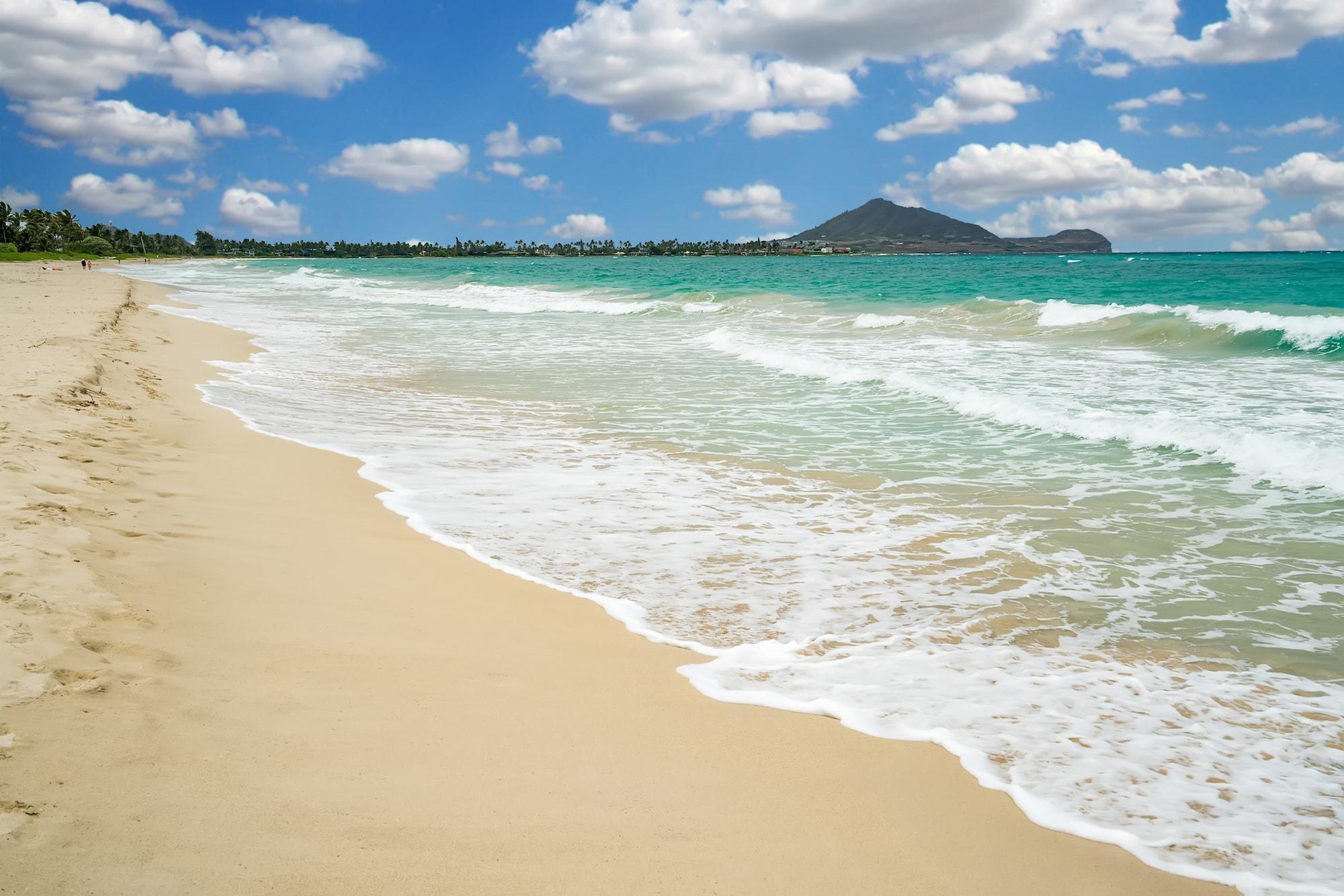 sandy beach in hawaii